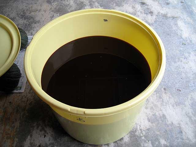 醤油搾り −自家製醤油の出来上がり−